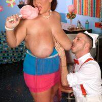 Obese girl Rose Valentina masturbates while licking cotton candy