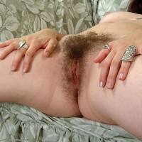Amateur European females de-robe and exhibit off their naturally hairy beavers