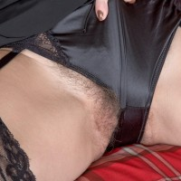 First-timer model Kaysy displays her all-natural snatch after stripping off black lingerie