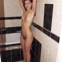 First-timer solo chick shows off her plasticity and then her natural cunny in the naked