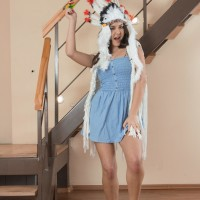 Barefooted Euro amateur Pavla spreading furry pussy wide open in costume play attire