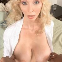 Enormous boobed platinum-blonde grannie Ophelia Vixxxen delectations the enormous ebony penis of a younger guy