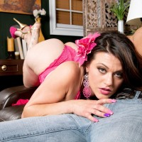 Gigantic titted brunette Carmen Ross looses her hefty bouncy derriere before getting on top