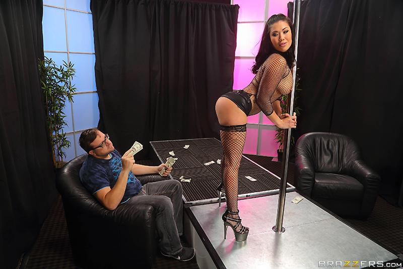 Black-haired MILF X-rated actress London Keyes taking a rear entrance fuck in fishnets inside a stripclub