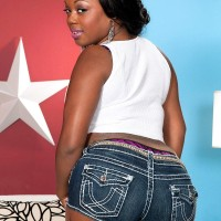 Black solo model Jayden Starr unveiling huge tush from denim cut-offs and thong panties