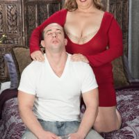 Blonde big hot woman Cami Cooper giving massage before unveiling monster-sized boobs for nipple eating