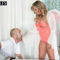 Big-boobed old blond doll Missy Blewitt seducing junior man for sex in lingerie