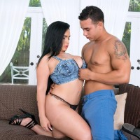 Brunette girl Fate entices a shirtless man by showing him her massive butt