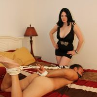 Dark haired girlfriend Shae fatale hog binds her masculine before undressing to her lingerie and high heels
