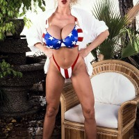 Prominent XXX pornstar Pandora Peaks lets out her large juggs from a USA themed bikini