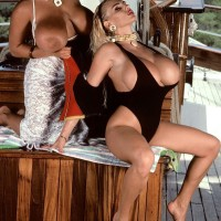 Legendary XXX pornstar Tawny Peaks and lezzy wife free big juggs from swimsuits on boat