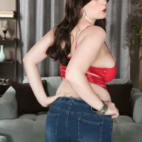 Stellar brown-haired Tiggle Bitties whips out her huge boobs in denim blue jeans