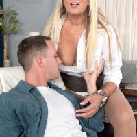 Beautiful older gal Dallas Matthews unsheathes her lace undies while seducing a guy