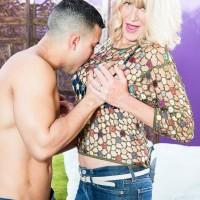 Fabulous senior lady Kendall Rex letting huge fun bags loose while seducing junior guy