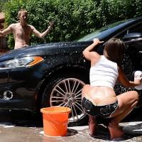 Latina XXX film starlet Amirah Adara bares gigantic derriere outdoors before getting butt poked