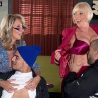 Aged damsels Jenna Covelli and Scarlet Andrews entice younger guys at a diner