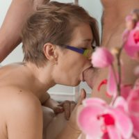 Nerdy European chick Yulenka Moore taking cock in unshaven cunny after delivering BJ