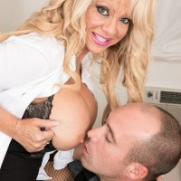 Older blond boss broad Bella Dea pulling out huge breasts before providing BLOW-JOB in office place